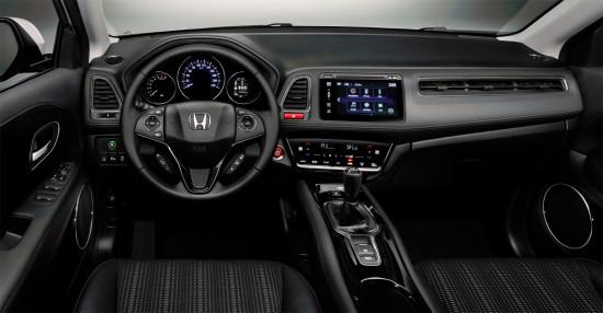 передняя панель и центральная консоль Honda HR-V II