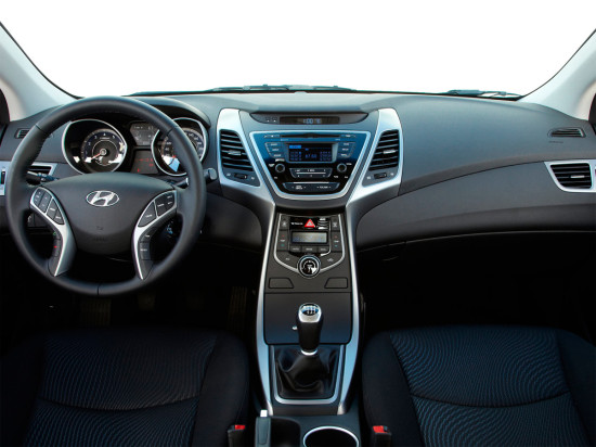 интерьер Hyundai Elantra MD