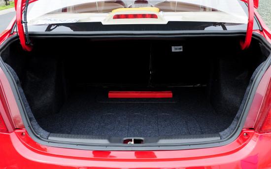 багажное отделение Geely GC6