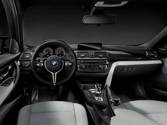 интерьер салона BMW M3 F80