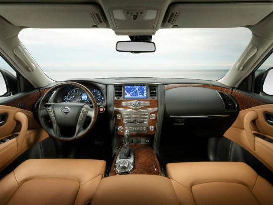 интерьер Nissan Patrol Y62 2014-2015