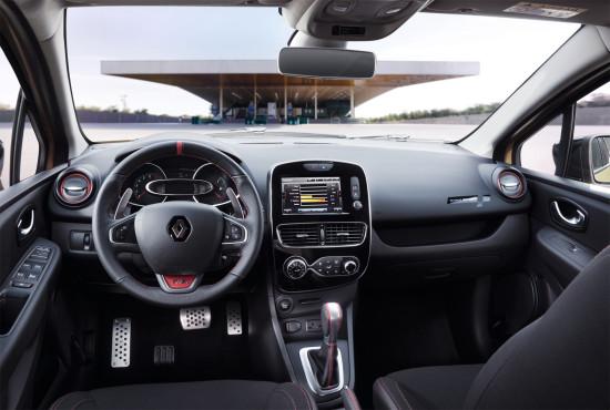 интерьер салона Renault Clio R.S. IV