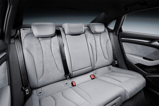 интерьер салона седана Ауди А3 третьего поколения