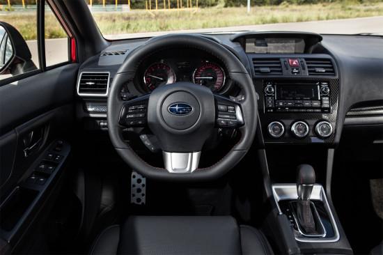 приборная панель и центральная консоль Subaru WRX 4