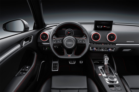 приборная панель и центральная консоль Audi S3 Sportback 8V