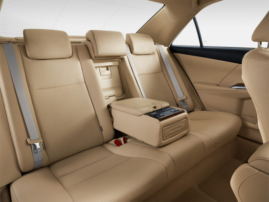 интерьер салона Toyota Camry XV50