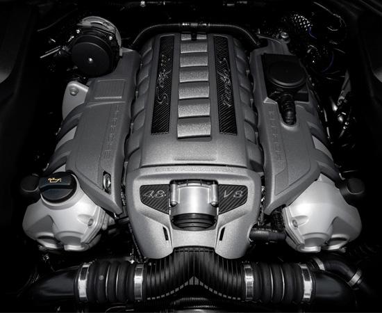 под капотом Porsche Cayenne Turbo S (958)