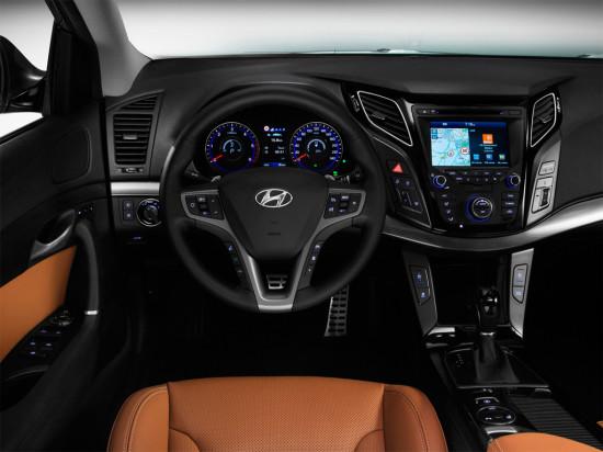 интерьер салона Hyundai i40 New