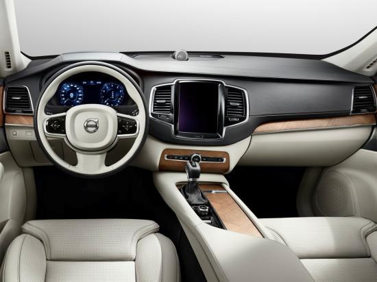 интерьер салона Volvo XC90 2