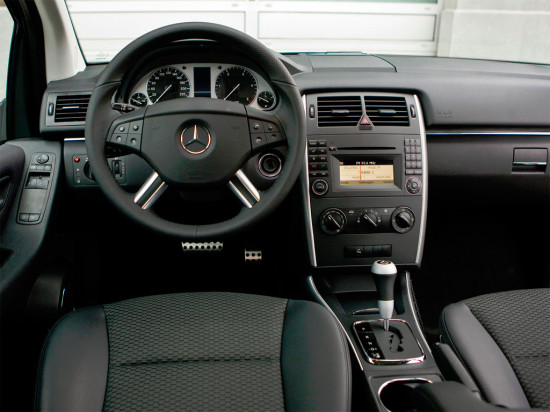 интерьер Mercedes-Benz B-class W245