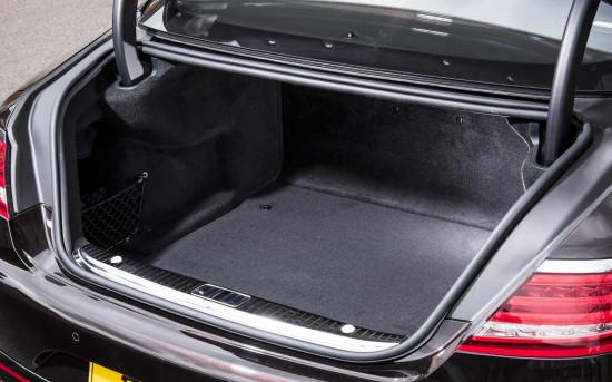 багажное отделение Mercedes-Benz S-Class Coupe (C217)