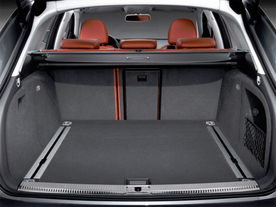 багажное отделение Audi A4 Avant B8