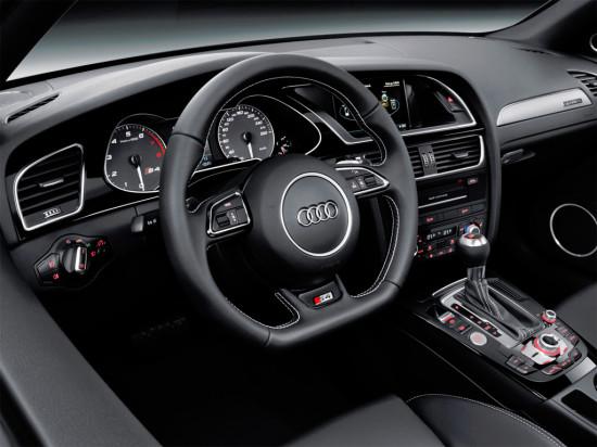 интерьер Audi S4 Avant (B8)