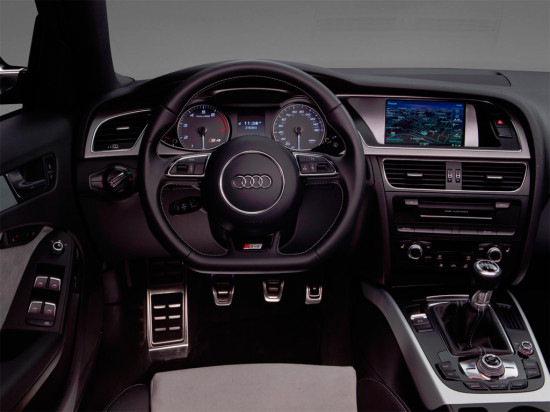 приборная панель Audi S4 Sedan (B8)