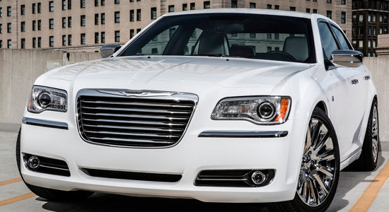 Chrysler 300 II на IronHorse.ru ©
