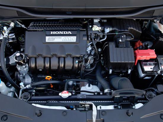 под капотом Honda Insight 2