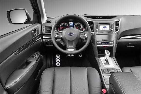 приборная панель и центральная консоль Subaru Legacy 5