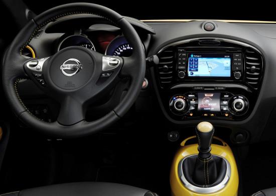 передняя панель и центральная консоль Nissan Juke (YF15)