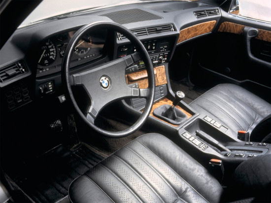 интерьер салона BMW 7-Series (E23)