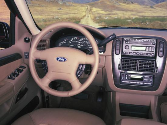 интерьер салона Ford Explorer 3 2002-2005