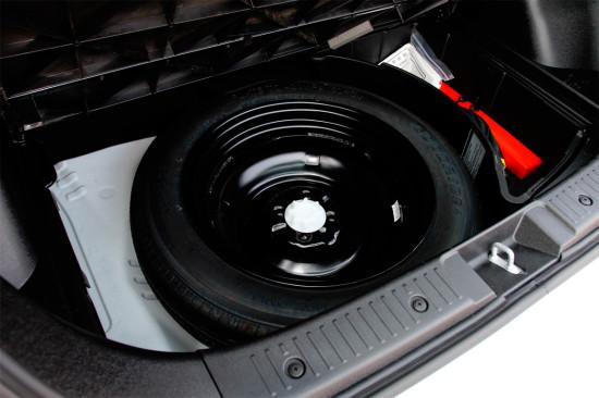 под полом багажника Great Wall M4 New