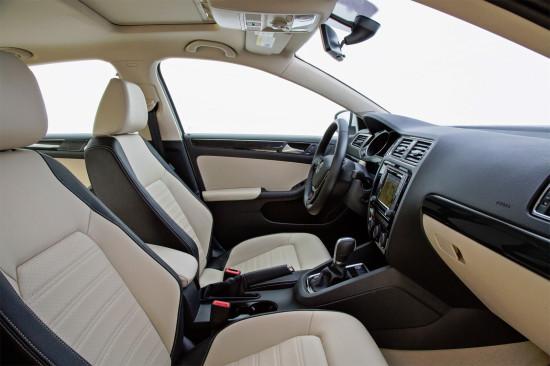 интерьер салона VW Jetta 6