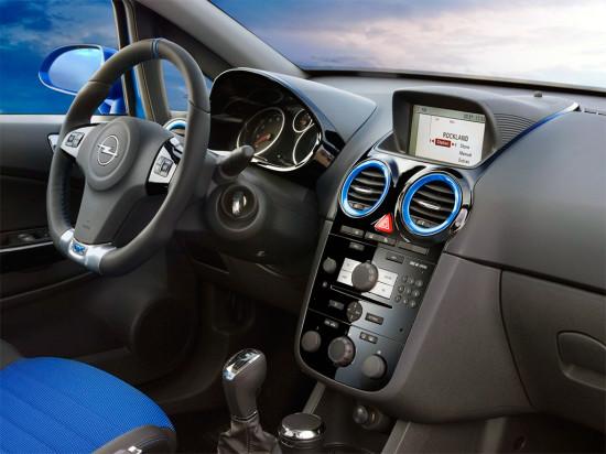 интерьер салона Opel Corsa D OPC