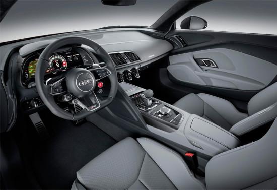 интерьер Audi R8 2016