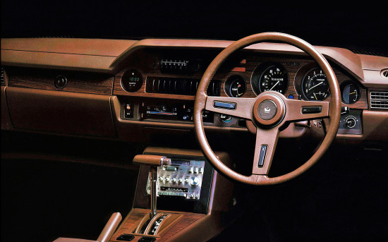 интерьер салона Toyota Celica Camry (1980-1982)