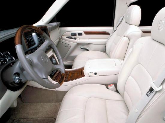 интерьер салона Cadillac Escalade II (GMT 800)