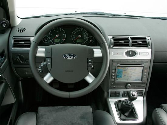 интерьер салона Ford Mondeo Mk III