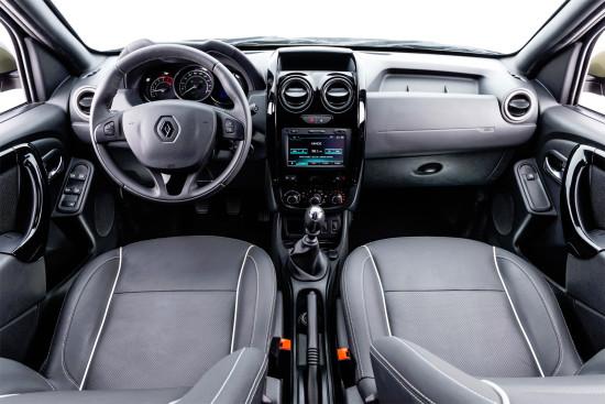интерьер салона Renault Duster Oroch
