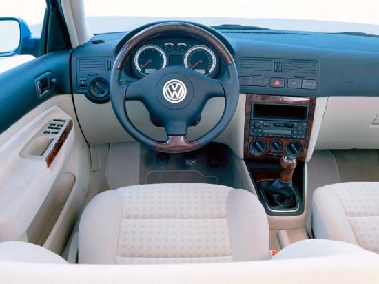 интерьер салона Volkswagen Bora (Jetta 4, Typ 1J, 1999–2006)