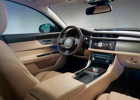 интерьер Jaguar XF (X260)