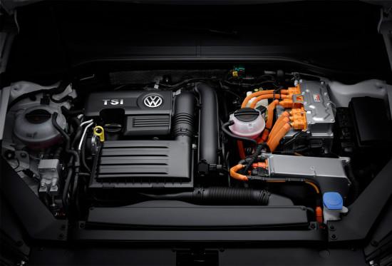 под капотом гибридного VW Passat GTE