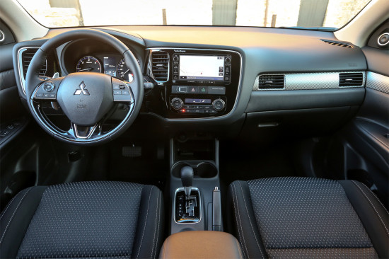 интерьер салона Mitsubishi Outlander 3 New