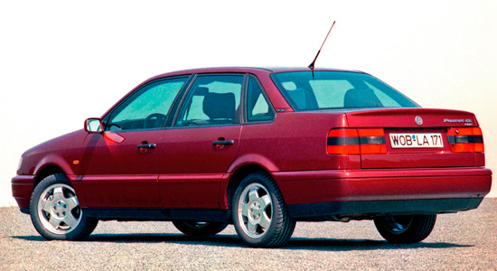 седан Volkswagen Passat B4 (1993-1997)