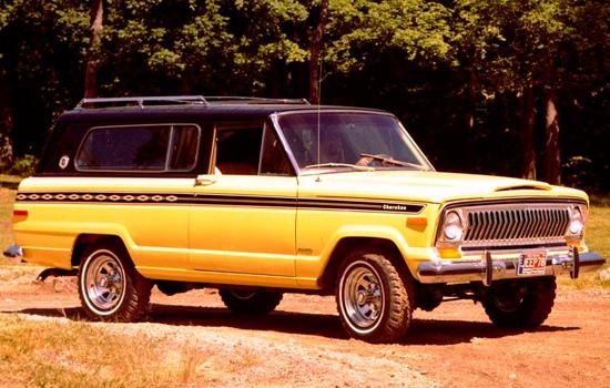 трёхдверный Jeep Cherokee 1974 года