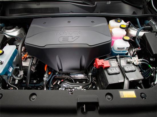 под капотом Тойоты РАВ4 EV (XA30)