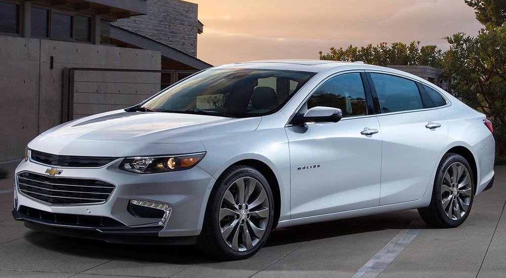 Chevrolet Malibu (2018-2019) цена и характеристики ...