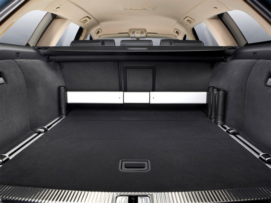 багажное отделение универсала Audi A6 (C6) 2004-2011