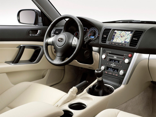 интерьер Subaru Outback 3 (2003-2009)