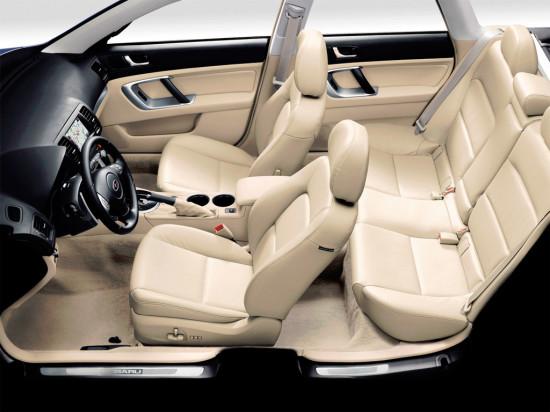 в салоне Subaru Outback 3 (2003-2009)