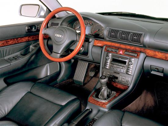 интерьер салона Audi A4 (B5) 1994–2001