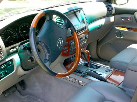 интерьер Lexus LX470
