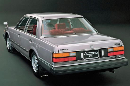 седан Accord 2-го поколения