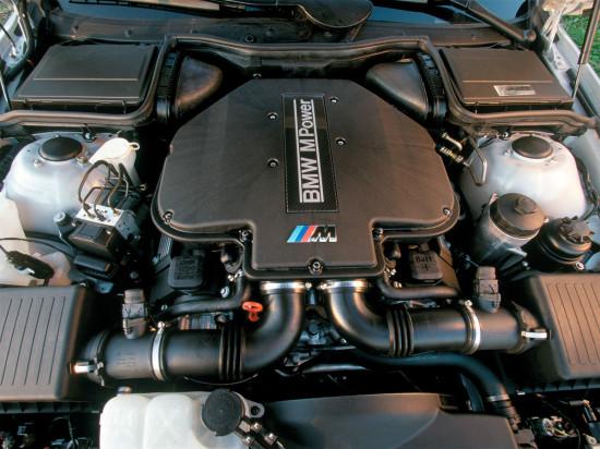 по капотом M5 E39 1998-2003 года