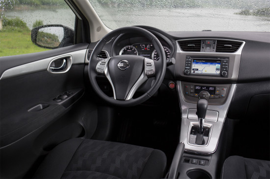 интерьер салона Nissan Tiida C13R