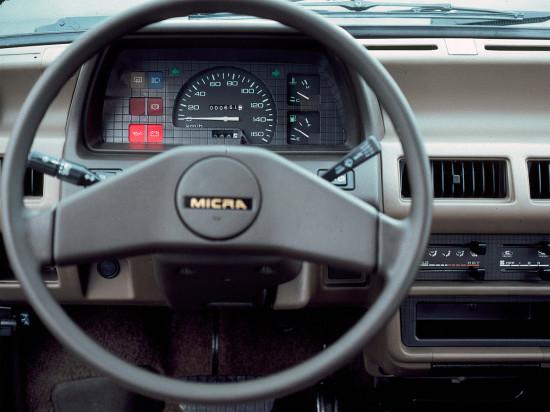 интерьер салона Nissan Micra 1 K10