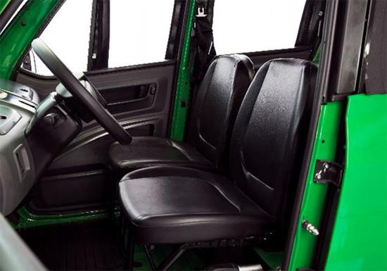 передние кресла